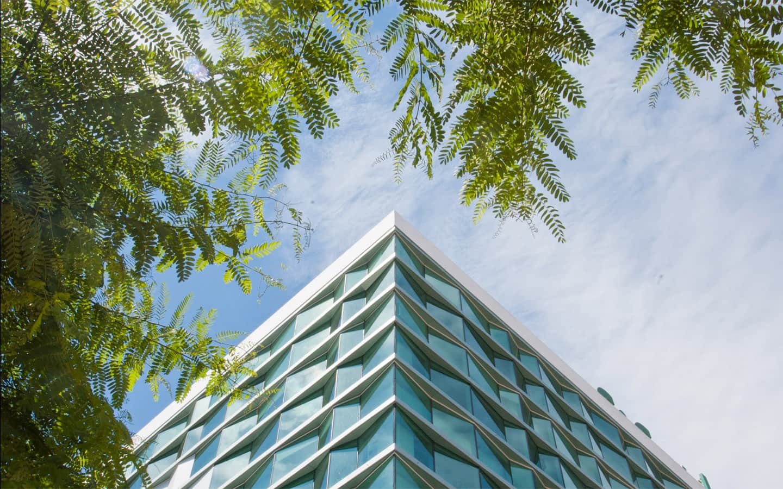 centre-comercial-tarragona-corte-ingles-arquitecto-roberto-suso-005_1553610472.jpg